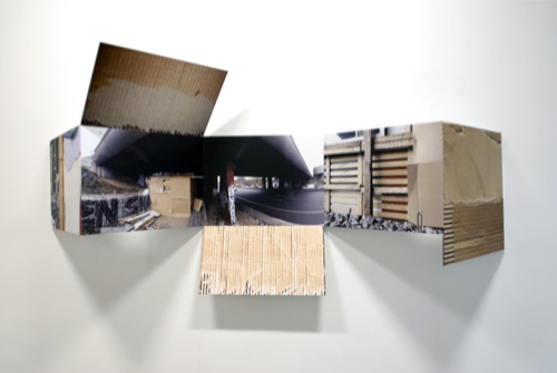 """""""Campement"""", encre sur métal, 88 x 163 x 28 cm, 2013"""